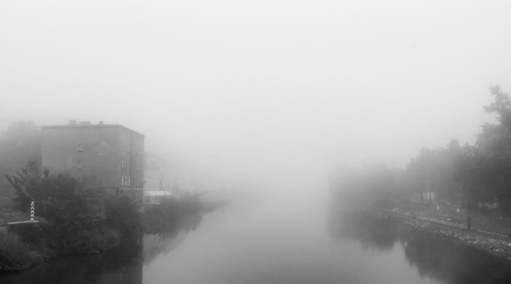 Neiße im Nebel.